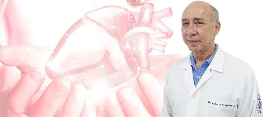 Especialistas Dr Examina – Dr Alberto Borga Medeiros